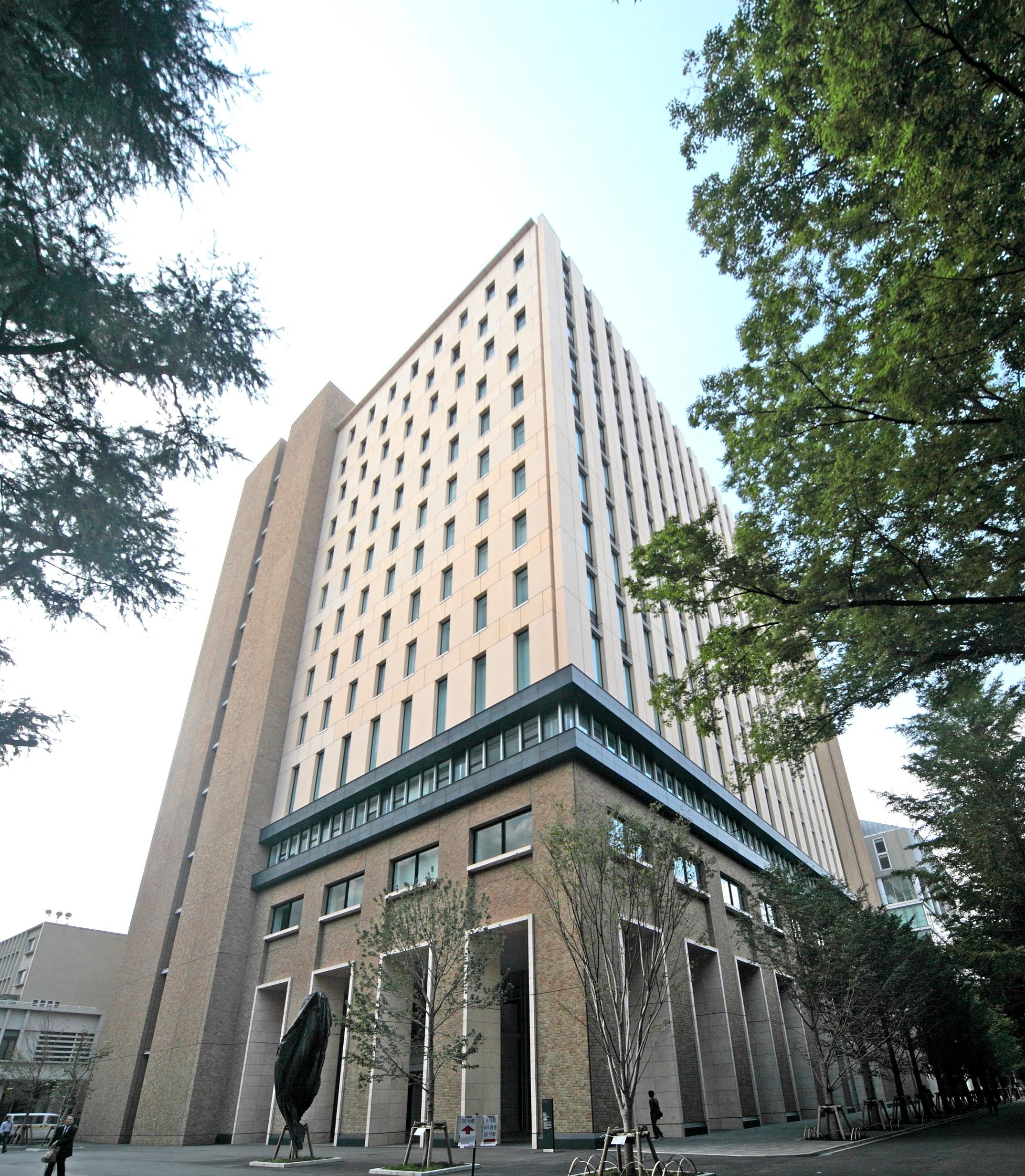 早稲田大学 11号館 | 高橋カーテンウォール工業